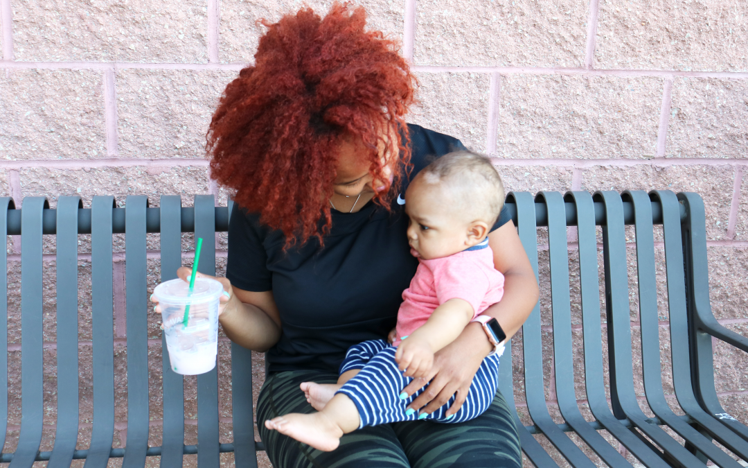 My 5 Simple MUST-HAVE Breastfeeding Products